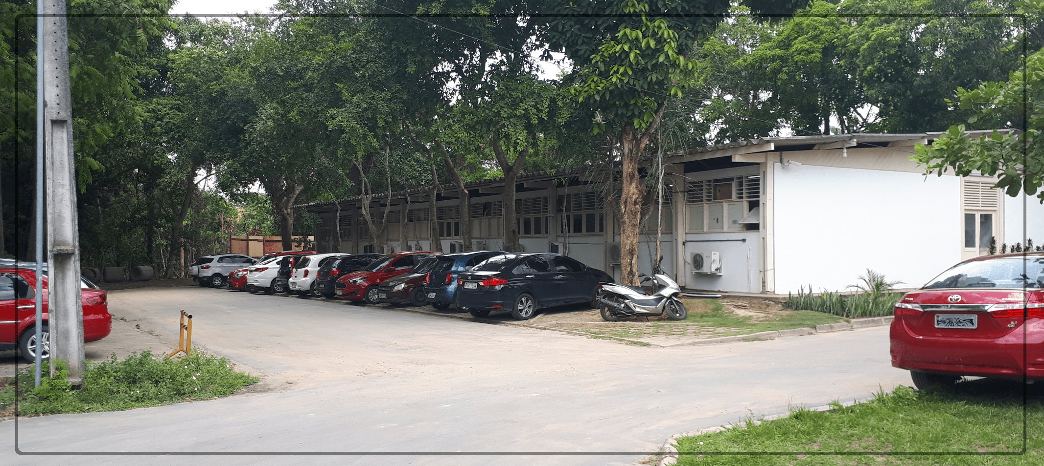 Interdição do acesso ao lado da Prefeitura do Campus